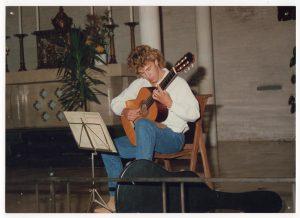 Young Albertus guitarist